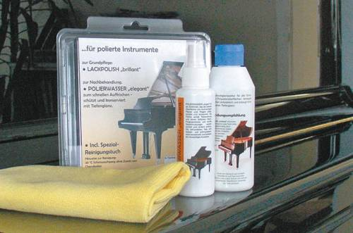 Bild zu AngebotOhne NennungPflegeset für Pianooberflächen